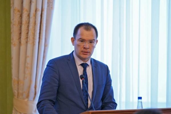 Пока Рамзиль Кучарбаев готовится к суду по обвинению из-за деятельности на прежнем месте работы, правоохранители продолжают искать новые нарушения