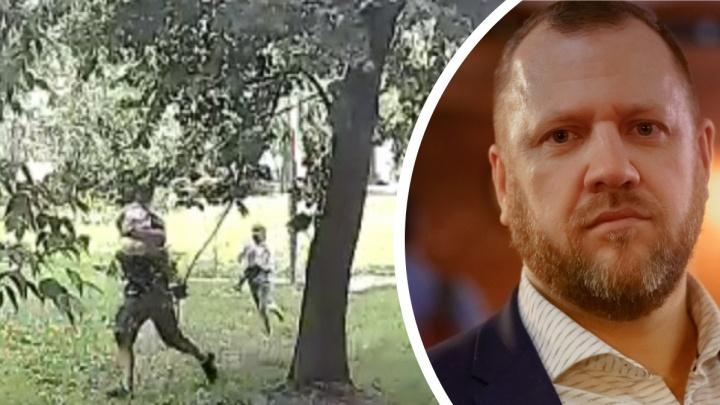 В Екатеринбурге лидер движения за возрождение патриархата силой увез ребенка со двора. Это попало на видео