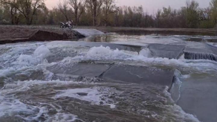 Прокуратура Волгограда проверит разрушение плотины, построенной в рамках нацпроекта «Экология»