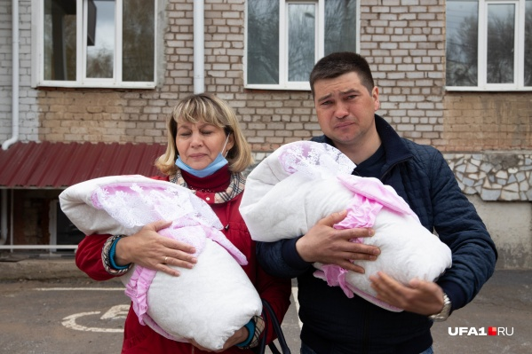 Супруг Ильмиры Айнур остался с двумя детьми один