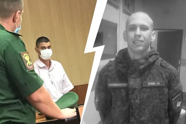 Больше двух лет родные Станислава Кузёмы добиваются наказания для офицеров, из-за которых солдат совершил суицид