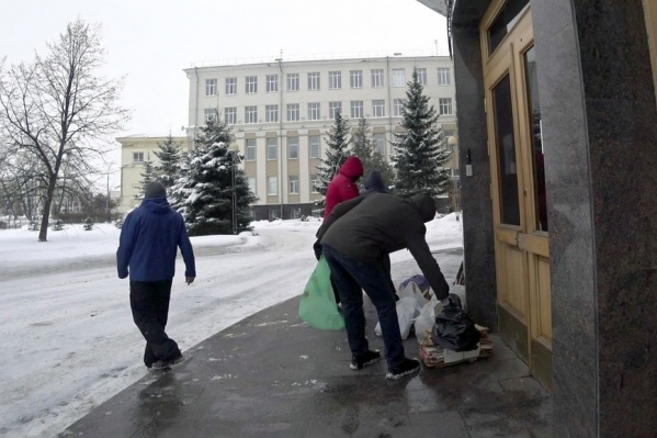 Организаторы считают, что регоператор не создает никаких условий для организации раздельного сбора мусора