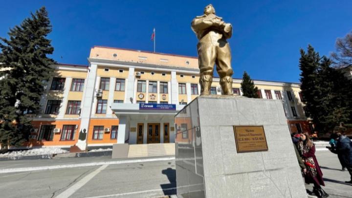 Сотрудникам завода имени Чкалова провели массовую вакцинацию от ковида