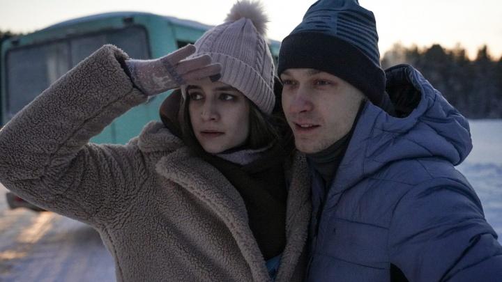 «Пришлось потрудиться, чтобы отыскать Брейгеля в русской деревне». Как в селе Кын снимают фильм «Подельники»