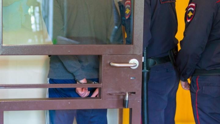 В Курганской области из отдела полиции сбежал задержанный мужчина