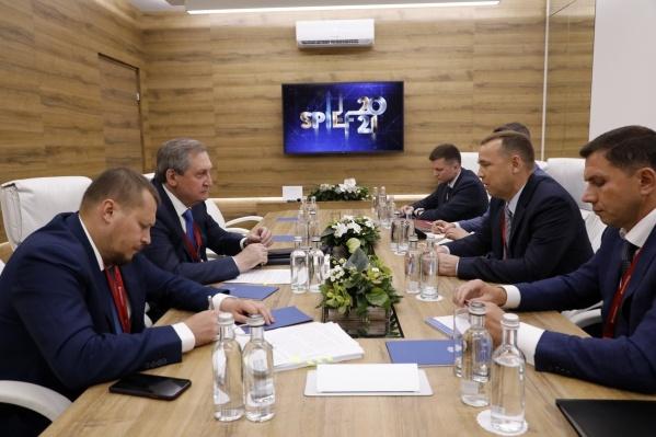 С министром энергетики Николаем Шульгиновым губернатор обсудил надежность снабжения потребителей области