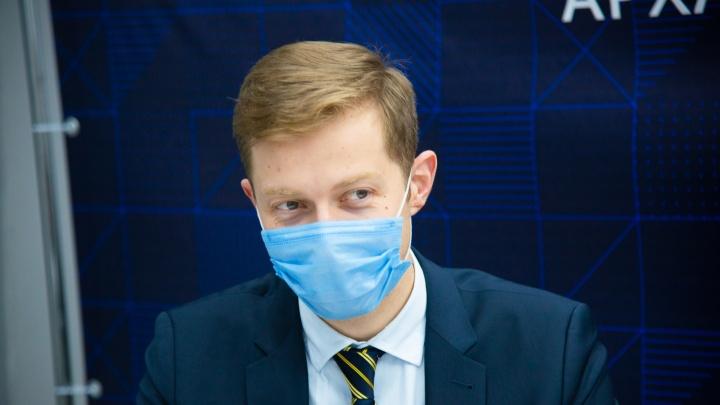 Глава Минздрава Архангельской области ответил, почему детей не вакцинируют от COVID-19