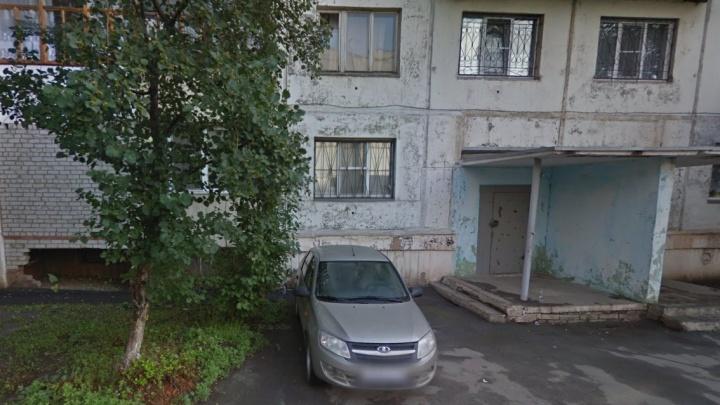 Прокурор Челябинска потребовал возбудить уголовное дело об избиении пенсионера соседом из-за замечания