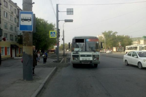 Сбитого автобусом ребенка отвезли в больницу