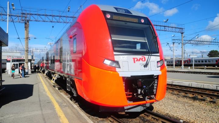 Рейсы скоростных поездов «Ласточка» из Екатеринбурга хотят продлить до Омска