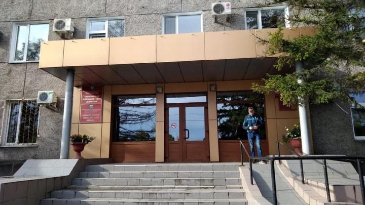 «Минусинск гудит как улей»: обыски прошли в администрации района