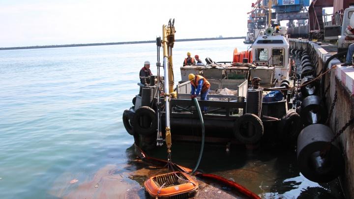 Туапсинский порт заявил, что не причастен к разливу нефти