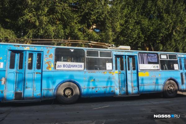 С 2020 года троллейбусы останавливаются в вечерние время на «Сибзаводе»