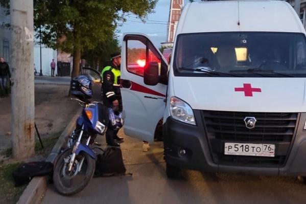 В аварии пострадала пассажирка мотоциклиста