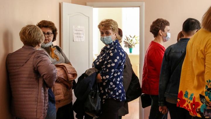 «Нас лишили работы, а люди часами ждут пенсию»: почтальонов в Дзержинске уволили за отказ навязывать продукты пенсионерам
