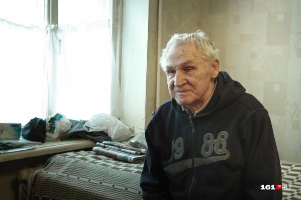 Владислав Федяев сейчас живет один