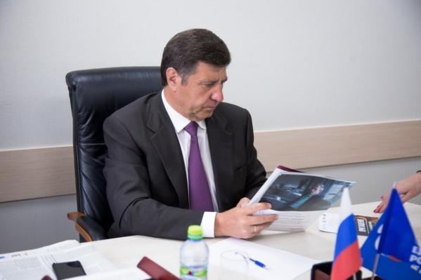 Андрей Голушко являетсячленом комитета по экономической политике, промышленности, инновационному развитию и предпринимательству в Госдуме