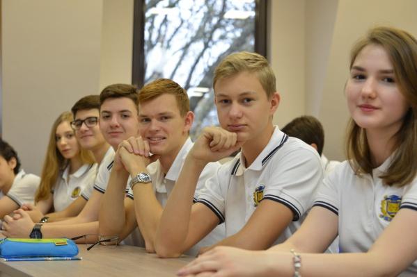 Обычно в финал всероссийской олимпиады проходят только старшеклассники