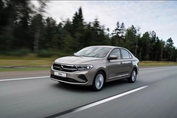 В каждой детали новой версииVolkswagen Polo есть спортивные элементы: как снаружи авто, так и в салоне