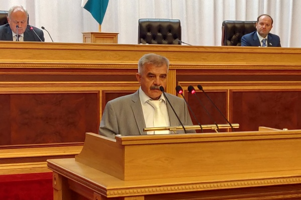 Среди преимуществ Закомалдина председатель Курултая выделил личное знакомство с депутатами