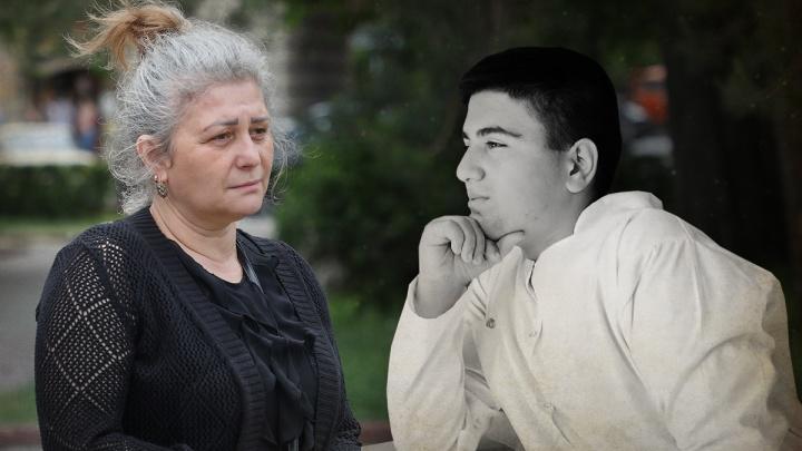 «Убили только за то, что он нерусский»: история матери зарезанного 17-летнего студента-медика