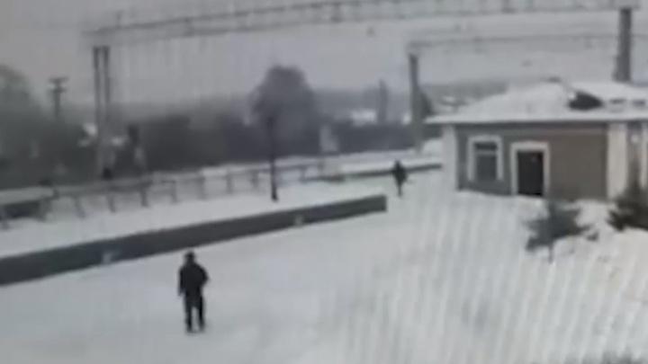 Девушка, погибшая после наезда товарняка на станции Чебаркуль, переходила пути в разрешенном месте