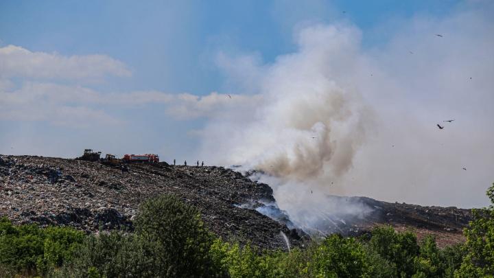 «Еще один пожар — уходят». Хабиров пригрозил увольнением руководству мусорного полигона под Уфой