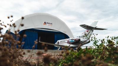 Омская авиакомпания купила самолет для ВИПов. Смотрим, как он выглядит изнутри