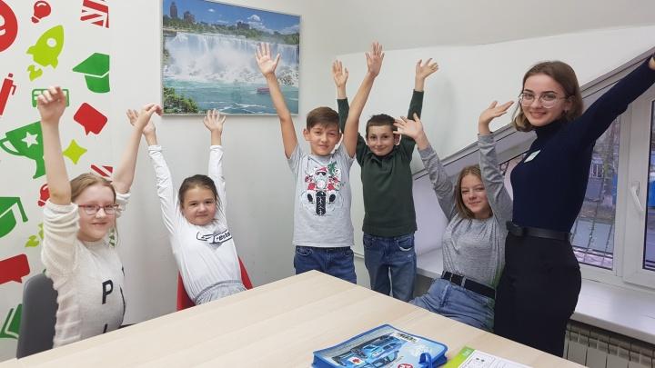 Школа английского из Челябинска бесплатно учит детей со всей России