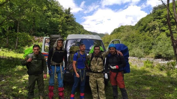Добровольцы из Екатеринбурга 10 дней будут искать в горах Абхазии пропавшего уральского туриста