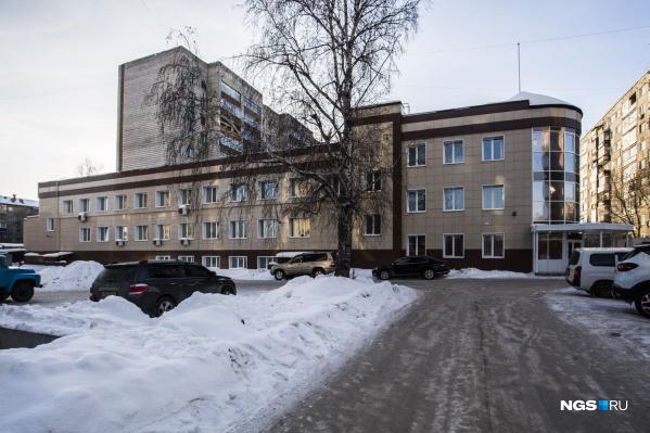 Приговор постановил Первомайский районный суд — убийство случилось на Первомайке в 1999 году