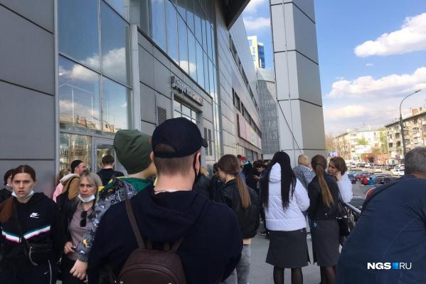 Люди недовольны эвакуацией