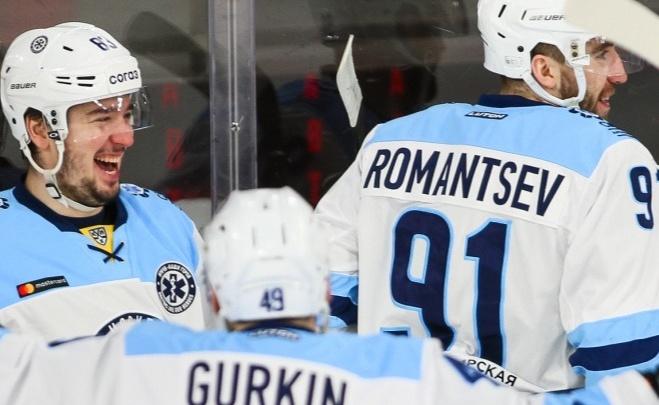 ХК «Сибирь» разгромил екатеринбургский «Автомобилист» в последнем матче сезона