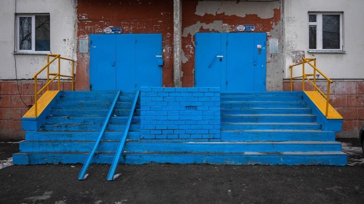 «Как Сургут, только лучше»: Илья Варламов нашел в Марокко сургутские подъезды