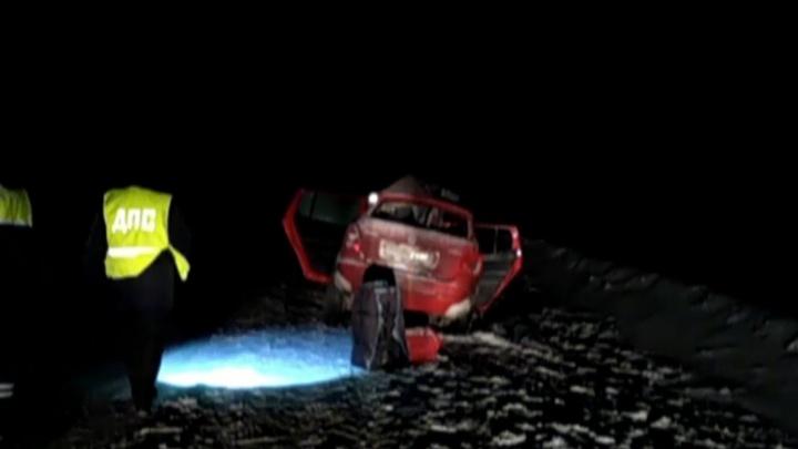 На М-5 в Челябинской области при столкновении Skoda с грузовиком погибли два человека