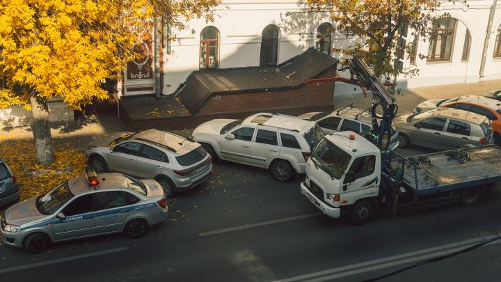 «Где моя машина?»: в Самаре хотят найти новую компанию для эвакуации авто