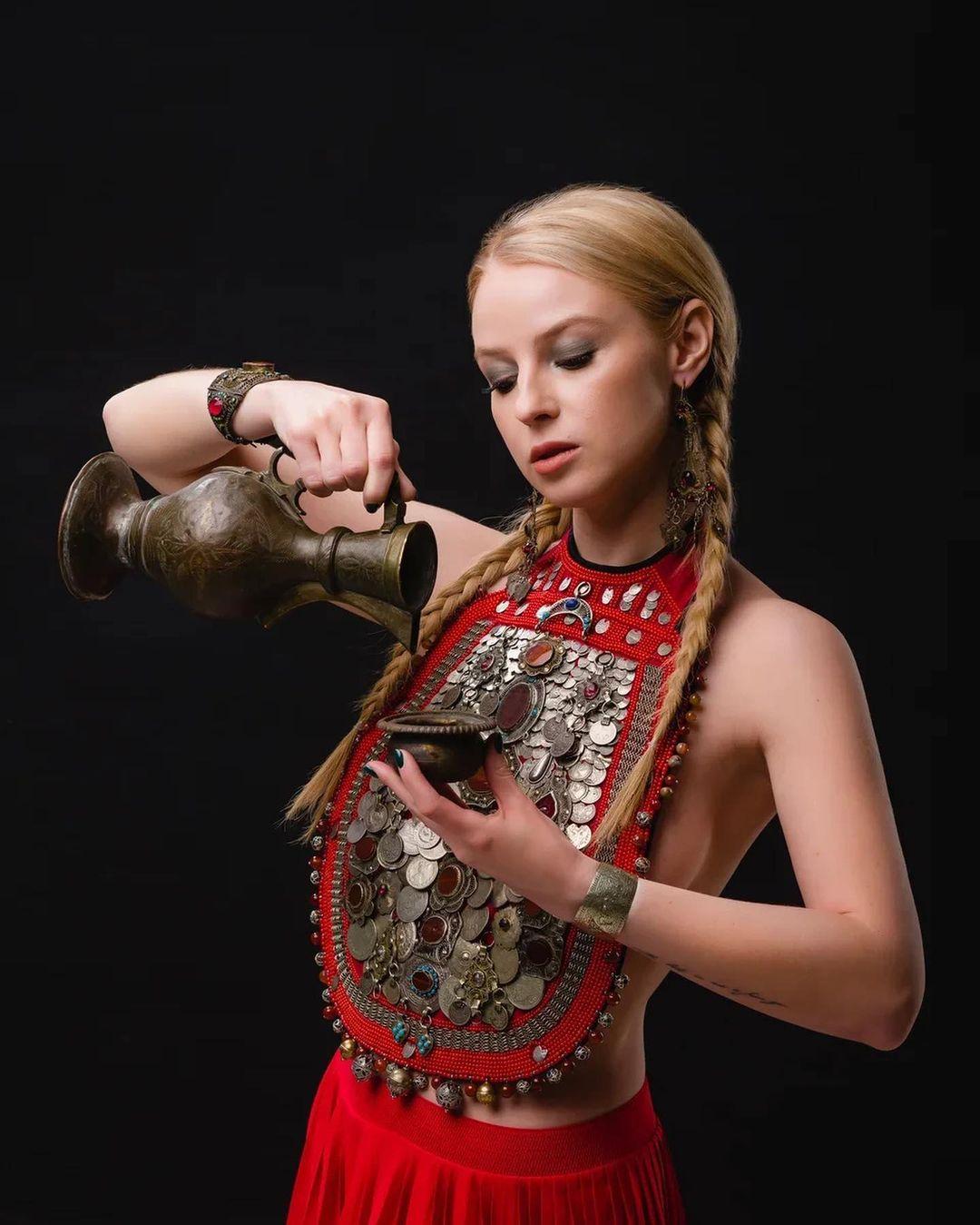 Ульяна выступила в роли башкирской женщины