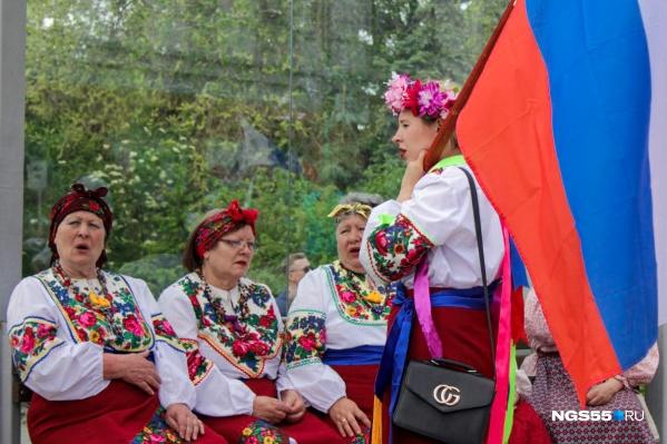 Отдыхать подольше будем в честь Дня России и Дня народного единства