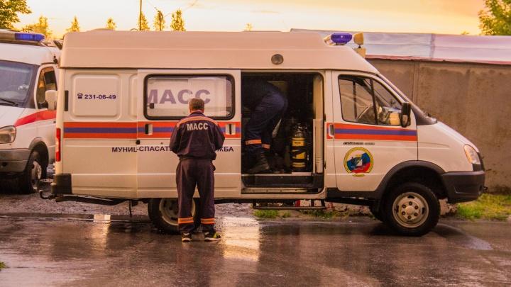 На Ватутина нашли тело 31-летнего мужчины в заблокированной машине