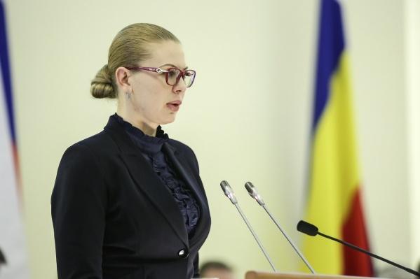 Обыски проходят дома и на работе Ирины Теларовой