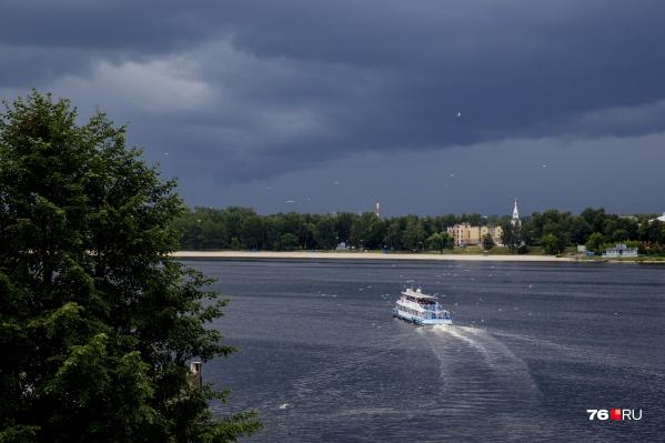 В Ярославле начал ходить речной трамвайчик