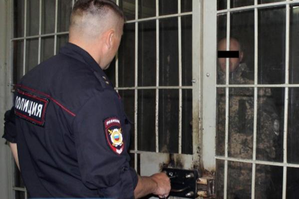 Задержанному мужчине грозит огромный штраф и тюремный срок