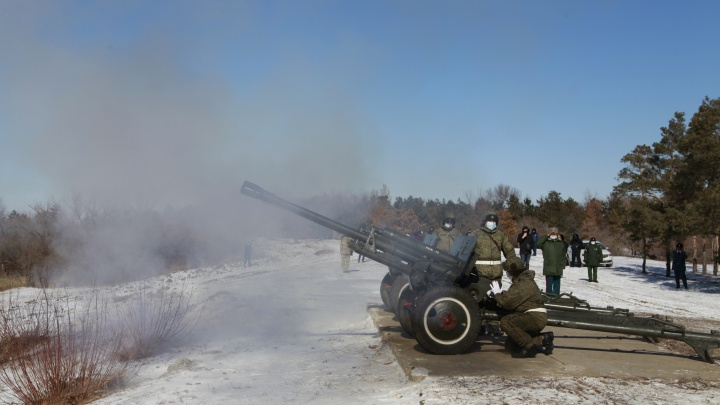 В Волгограде прогремел «Выстрел памяти» на Мамаевом кургане