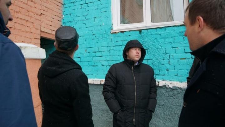 Замначальника краевого стройнадзора задержали по подозрению во взятке