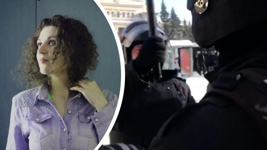 Силовик замахнулся дубинкой на журналиста НГС, который освещал протесты в Новосибирске. Заявление редакции