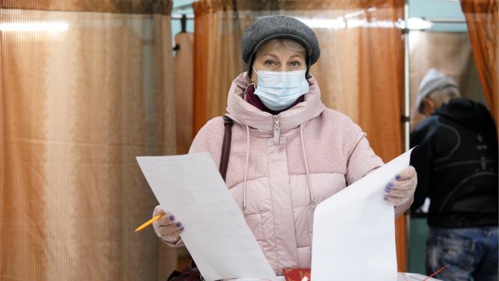 Барнаул голосующий: фоторепортаж с избирательных участков