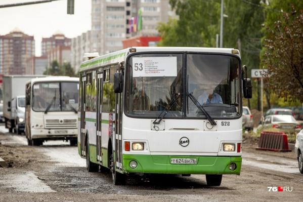 Теперь по выходным автобусы будут ездить реже, чем раньше