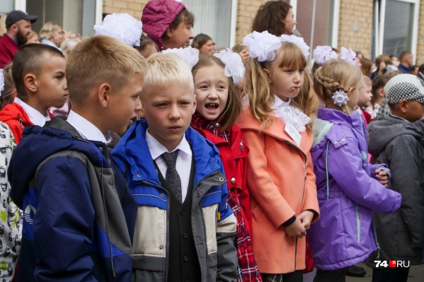 Школьников могут ждать походы в музеи или дистант