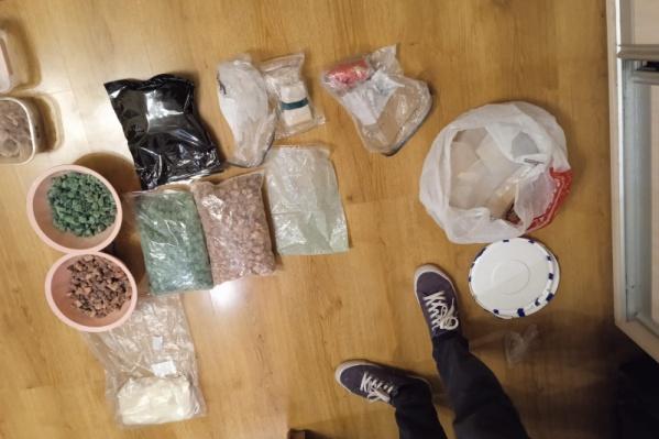В доме тагильчанина нашли наркотиков на 100 миллионов рублей
