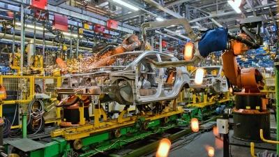 АВТОВАЗ остановил конвейер. Ждать ли дефицита автомобилей летом?